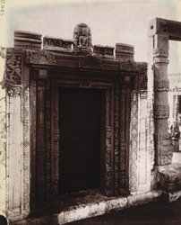 Sculptured doorway and Buddhist statues, photographed at the Bihar Museum.